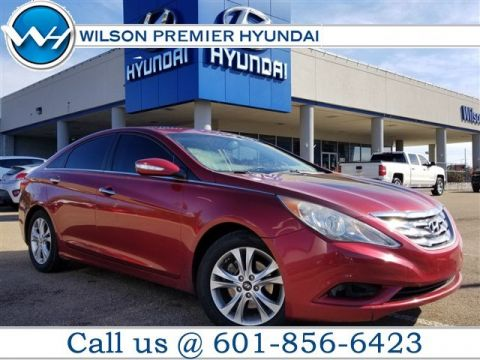 Pre-Owned 2011 Hyundai Sonata Ltd w/17 Wheels
